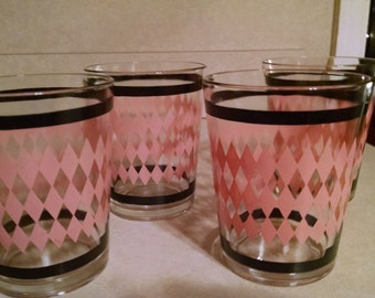 4 mid century pink diamond with black bands  12 oz, glasses
