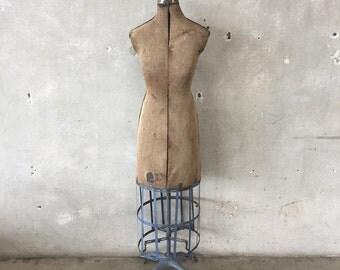 Vintage 1920's Dress Makers Form (TC32YX)