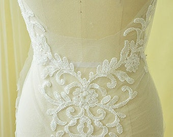 Ivory Sequins Lace Appliques Embroidery Lace Trim Collar Flower S0323