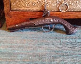 George Washington replica, cap gun, mini, toy, vintage, die cast