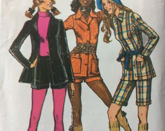Simplicity 9574 vintage 1970's misses shirt and shorts sewing pattern size 14 bust 36 waist 27