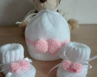 Together matching bonnet and booties