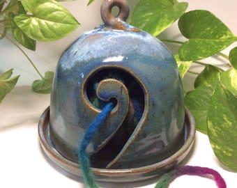 Yarn bell, yarn bowl, knitting bowl, knitting gift, handmade ceramic yarn bowl, gift for knitters