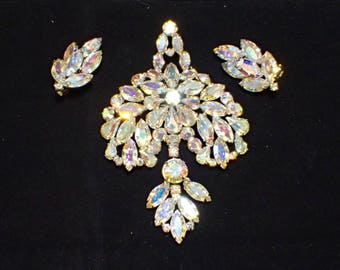 Stunning Designer Signed WEISS Aurora Borealis Rhinestone Large Drop Dangle Brooch and Clip Earrings Set AC189