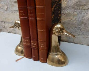 Pair of French vintage brass duck book ends, serre livres, study decor circa 1970s.
