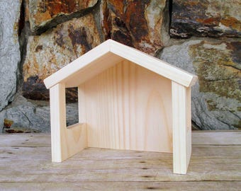 Wooden stable - Wooden barn - Wooden toy barn - Wood barn - Waldorf - Wooden toys - Wood toy - Gift under 15 - Easter gift - Child's gift