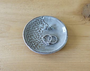 Ring Dish, Jewelry Dish, Tea Bag Rest, Sauce Dish - Gray