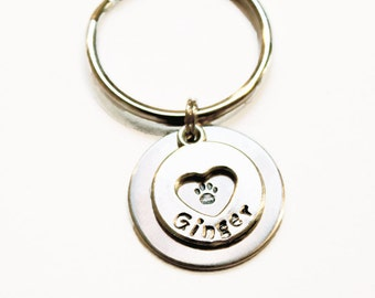 Personalized Dog Keychain, Dog Paw Keychain, Dog Memorial Keychain, Personalized pet keychain, Dog remembrance keychain, Heart Keychain
