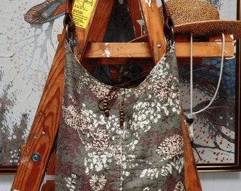 Gently used American Eagle leather strapped linen cotton and linen bag, overnight bag, bohemian bag, boho bag, hobo bag