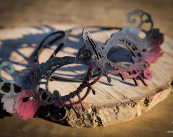 Leather lace mask purple and rose