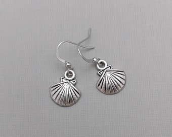 Sea Shell Earrings, SeaShell Charms, Nature Earrings, Wildlife Jewelry, Ocean, Nautical, Beach, Silver Plated, Scallop, Spiral, Fan Shell