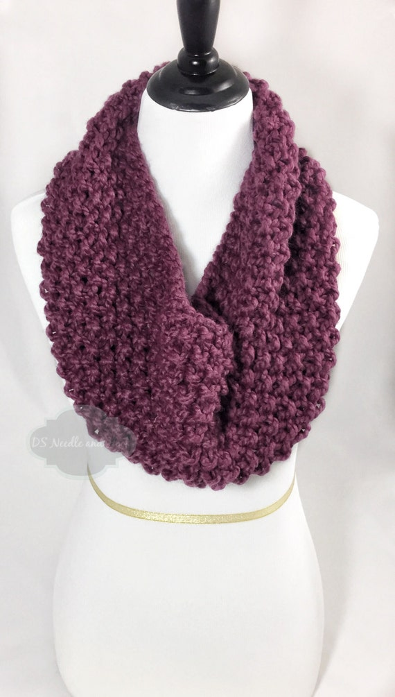 Purple Chunky Knit Scarf, Seed Stitch Cowl, Plum Knit Neck Warmer, Short Infinity Scarf, Knit Collar Scarf