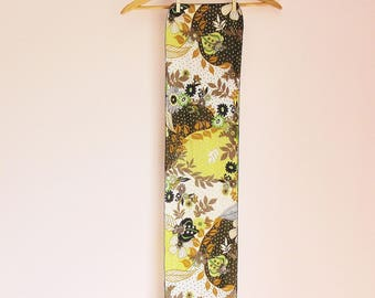 Vintage 70s Forest Floral Folksy Long Polyester Scarf