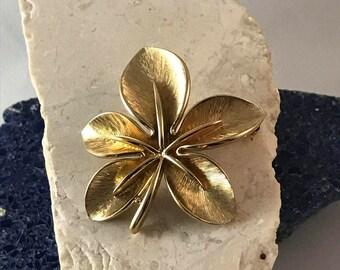 Vintage Monet Gold Brooch - Vintage Monet Flower Brooch - Retro Monet Jewelry - Antique Brooch