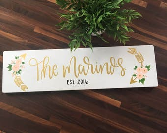 Custom Last Name Sign (With Floral Arrows)