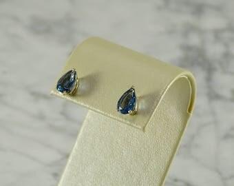 14K Yellow Gold / Topaz Teardrop Earrings (Pierced)