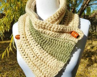 Cowl, neck warmer, wrap, button neck warmer, button scarf, triangle scarf, crochet scarf, handmade neck warmer, winter scarf, warm scarf