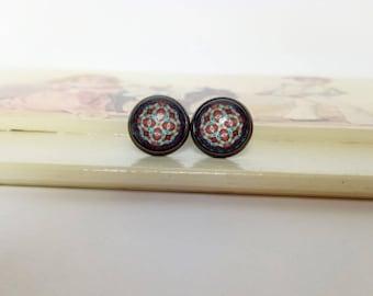 Indian stud earrings / Glass stud earrings / Mandala stud earrings / Round stud earrings / 12mm stud earrings