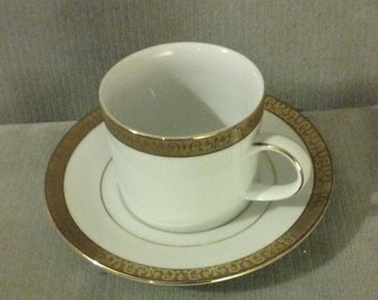 """Perfect Macy's 1991 Gold Encrusted Royal Gallery Gold 2 5/8"""" Cup & Saucer Set, Flawless"""