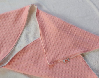 Light pink bathcape, shawl, wrap cloth, wrapper with bubbles