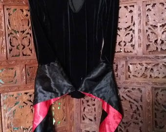 goth vampire black velvet top amazing satin sleeves