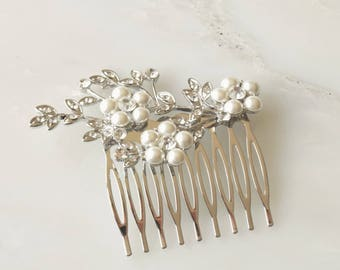 Pearl Flower Bridal Hair Comb