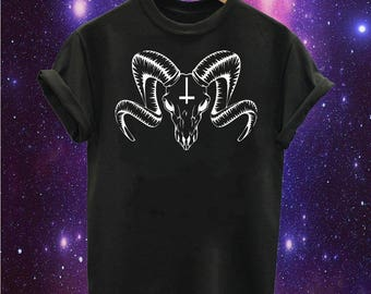 Ram Skull printed t-shirt Goth Alternative Dark Indie Animal Skeleton Black