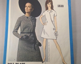 Vintage 1960s Cut Vogue Americana 1830 Bill Blass Mod Dress Pattern Size 12