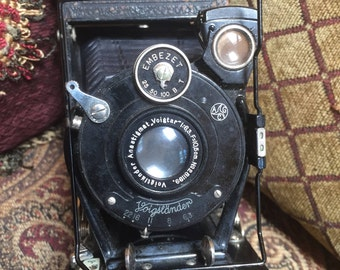 German Voitlander Camera Embezet