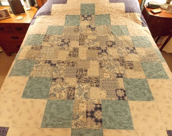 Blue Diamond Queen Size Patchwork Quilt