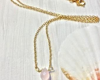 Dainty pink quartz briolette necklace, minimalist rose quartz necklace, pink gemstone necklace, boho quartz necklace, pink necklace