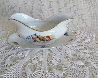 Saucer in the Art deco Limoges porcelain decoration. ULIM LIMOGES - FRANCE. Vintage.