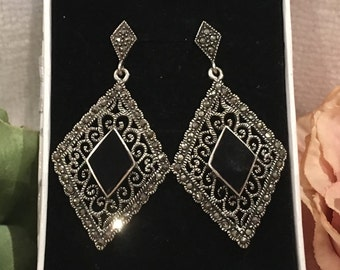 Gorgeous Vintage DIAMOND Shaped Sterling Silver Drop Earrings-With Diamond shaped Black ONYX & MARCASITES-Filigree Design-Wonderful 5cm Drop