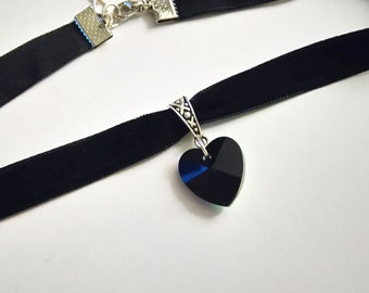 Heart Choker black | Velvet Choker. Choker collar | Choker necklace black | Choker Velvet