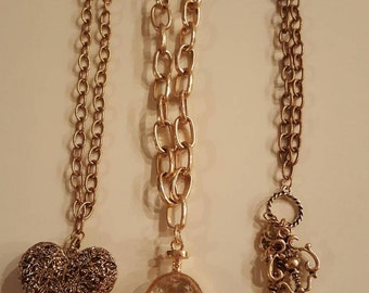 Chain pendant necklaces