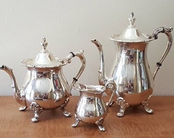 Silverplate Poole Co Coffee Pot Tea Pot and Creamer in Bristol Pattern from 1940s