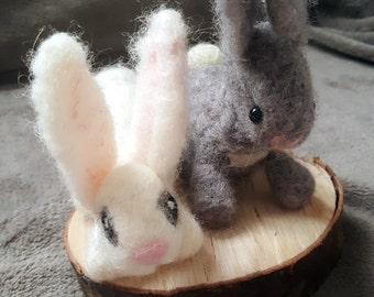 Rabbit in carded wool felt, rabbit toy animal style felt waldorf, miniature animals, children's gift