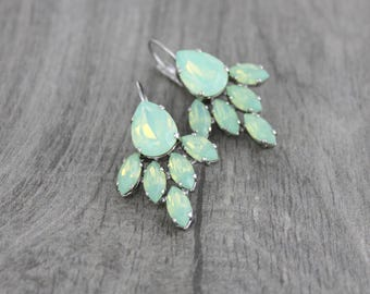 Mint green earrings, Crystal Bridal earrings, Swarovski earrings, Sea foam green earrings, Wedding jewelry, Wedding earrings Bridesmaid gift