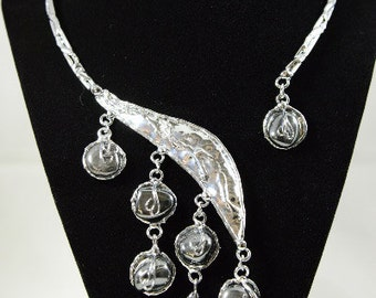 Silver Collar Necklace With Hematite