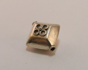 Sterling Silver Handmade Bali Bead Style B445