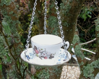 Teacup bird feeders