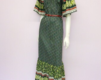 Vintage 70's cotton full length green boho dress // hot-dog design // made in Denmark // removable sleeves // Eur 42 / US 12 / UK 14