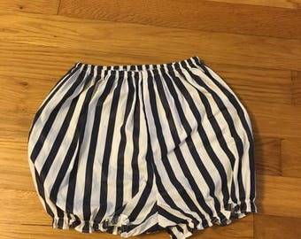 1990's navy & white striped bubble shorts - size 4t