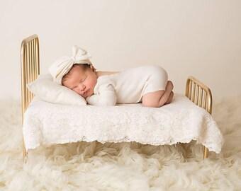 Newborn romper / headband set