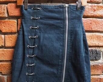 Women's 90s Dark Navy Blue Denim Mini Skirt With Silver Zip And Hooks Size 27