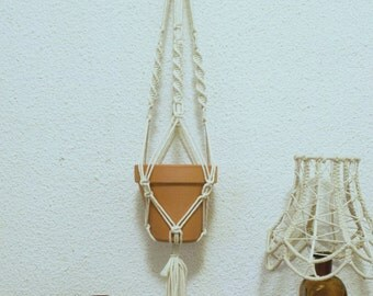 "Macrame door hanging plant, model ""Alaska Lights"""
