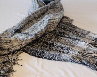 """Web scarf """"Grey Grauer-black"""""""