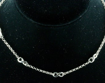 Vintage Ladie's Infinity Design Chain Necklace 925 Sterling Silver NC 315-E