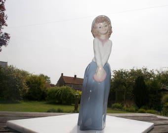 Vintage Nao Lady Figurine