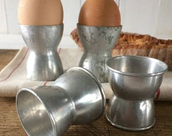 1950's aluminum egg cups. French vintage Coquetiers.Set of 4 aluminum egg cups. Retro Home Interior.Kitchenalia,Kitchenware.Breakfast ware.